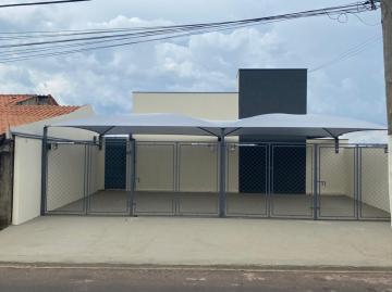 Alugar Casa / Residencia em Botucatu. apenas R$ 550,00