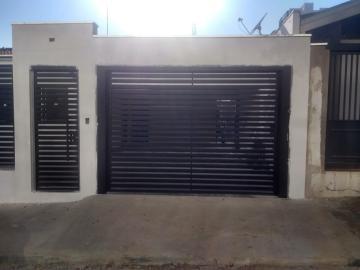 Casa / Padrão em Bauru Alugar por R$2.700,00
