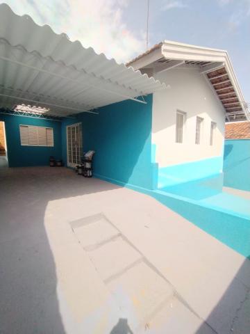 Casa / Padrão em Bauru Alugar por R$1.300,00