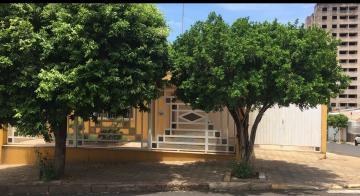 Casa / Padrão em Bauru , Comprar por R$385.000,00