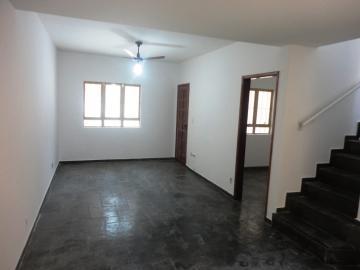 Casa / Padrão em Bauru Alugar por R$2.000,00
