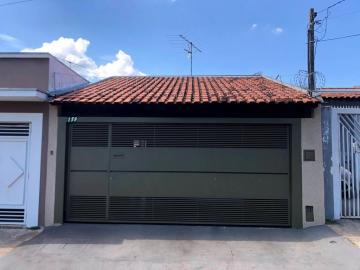 Casa / Residencia em Bauru Alugar por R$1.600,00