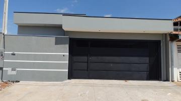 Alugar Casa / Padrão em Botucatu. apenas R$ 550.000,00