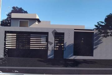 Alugar Casa / Padrão em Bauru. apenas R$ 390.000,00