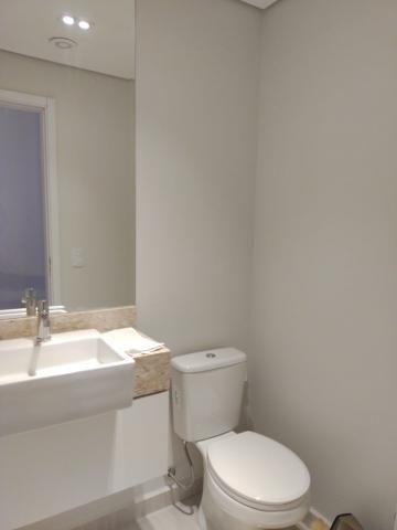 Alugar Apartamento / Padrão em Botucatu. apenas R$ 820.000,00